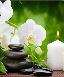 Orchidee met kaarsen