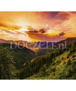 Bergvallei in zonnestralen Diamond Painting